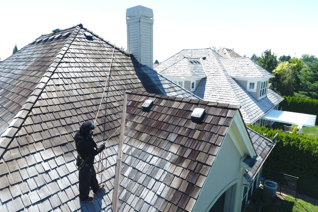 Roof Cleaning Portland, Roof Moss Removal Portland, Moss Removal Portland, Roof Treatment Portland, Cedar Shake Roof Cleaning, Cedar Shake roof cleaning Portland, Cedar Roof Cleaning Portland, Cedar Roof Cleaning